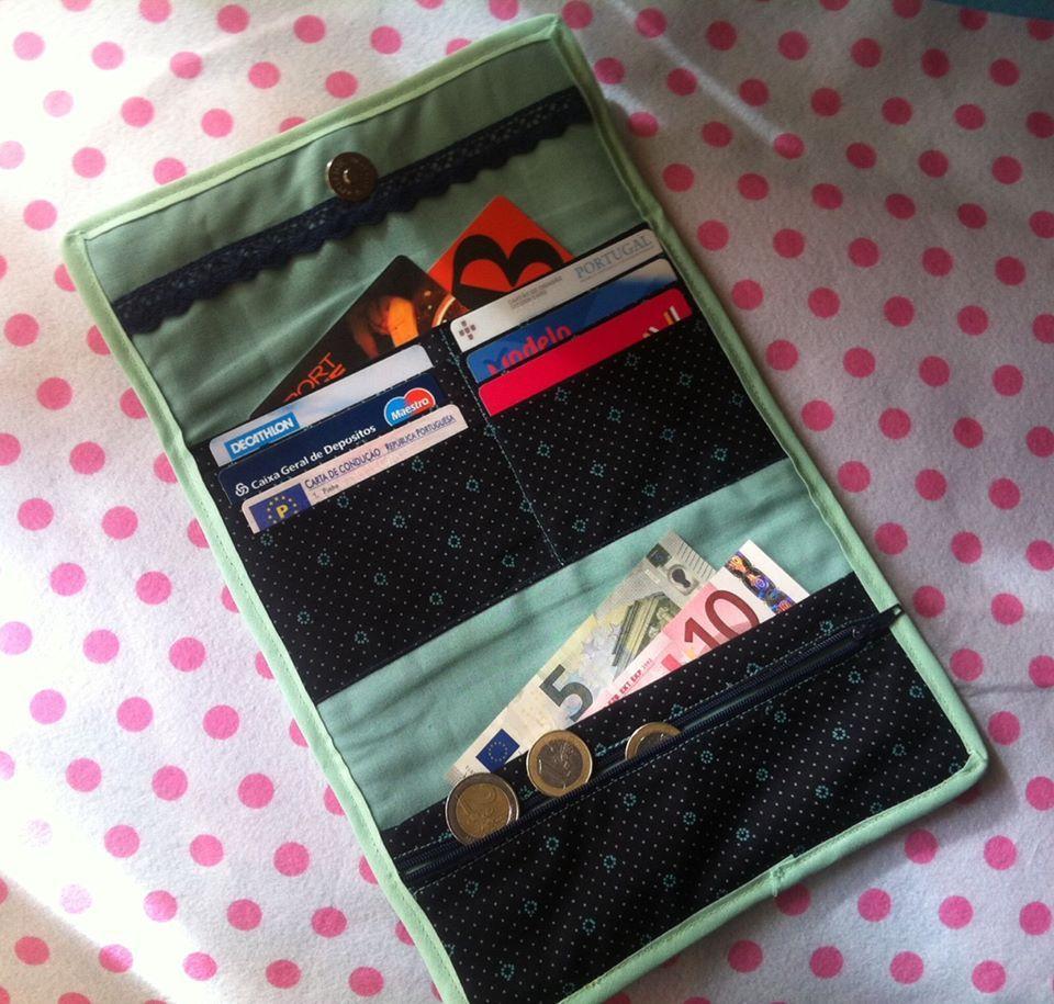 Carteira em tecido  11 compartimentos http://www.facebook.com/feltrosco