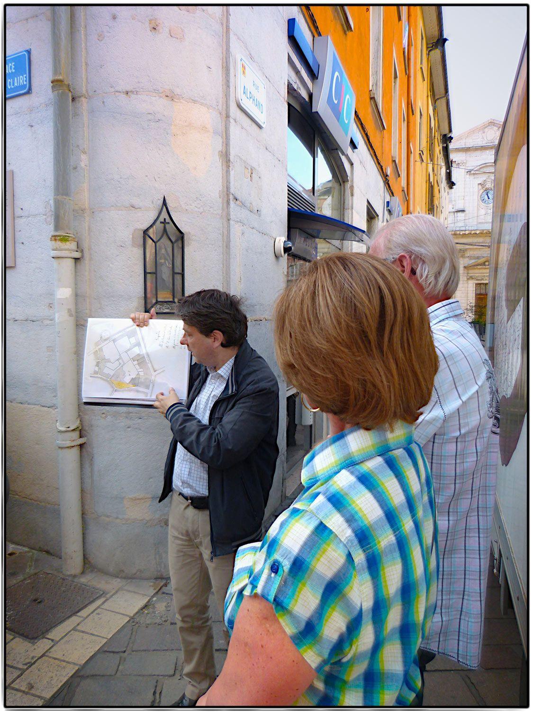 """""""Visite dégustation"""" dans les halles Sainte-Claire de Grenoble ©Laurent Ravier/OTG"""