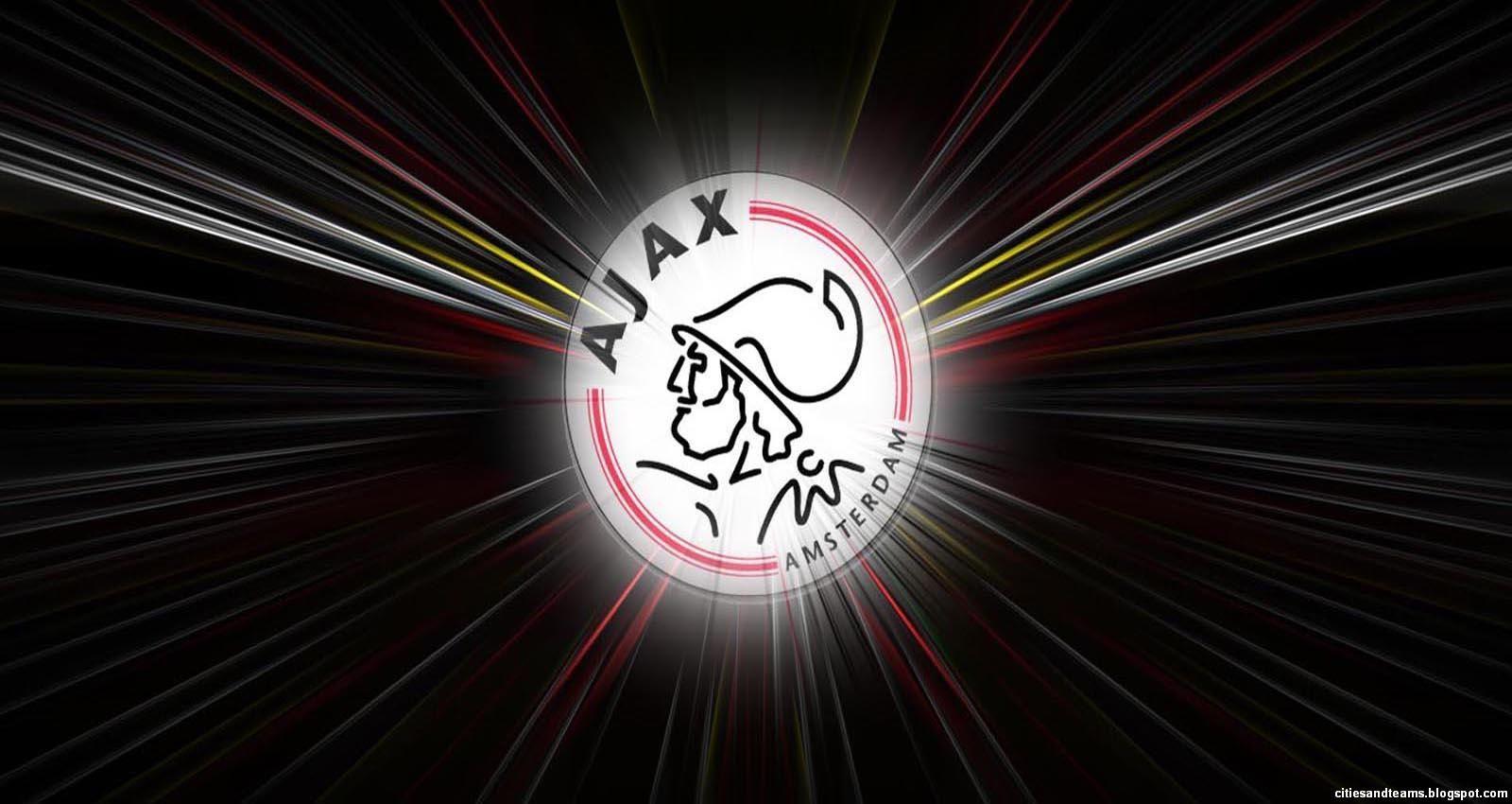 Tak Terduga! Ada Nama Soenarto dalam Tim Ajax Amsterdam