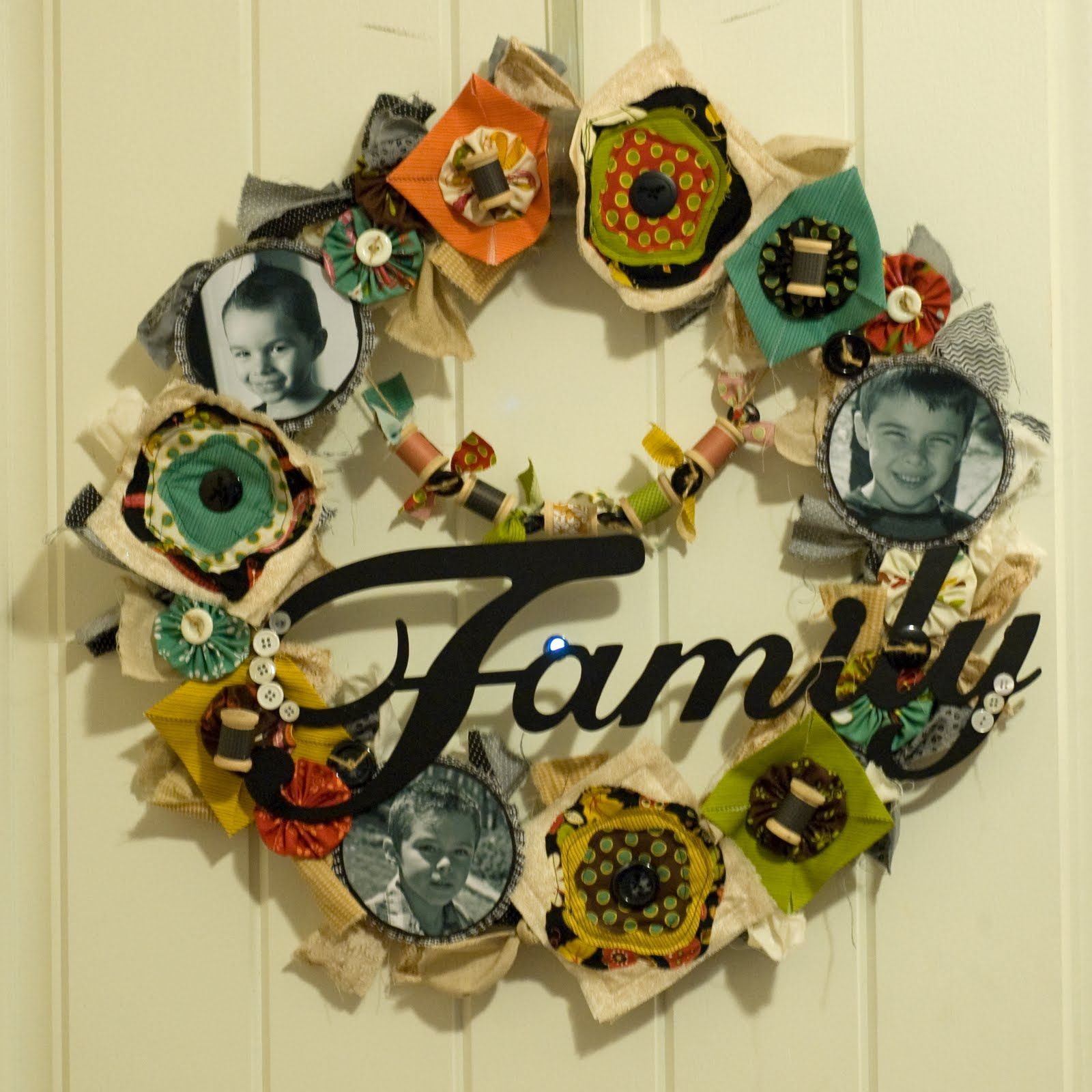 Sunny Side Up Designs: Family wreath and instructions