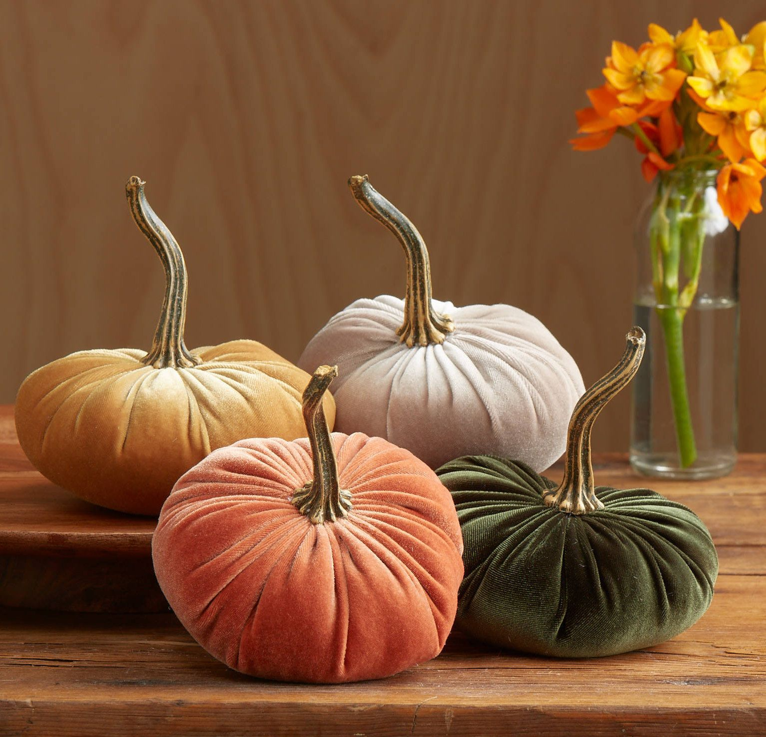 Small Velvet Pumpkins Set Of 4 Fall Wedding Centerpiece Etsy Velvet Pumpkins Pumpkin Centerpieces Rustic Modern Wedding