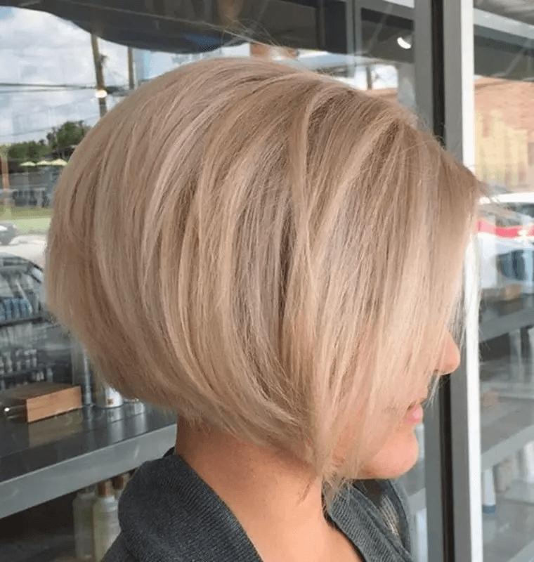 Bob Frisur Angeschnittenem Nacken Short Bob Hairstyles Hair Styles Blonde Bob Hairstyles