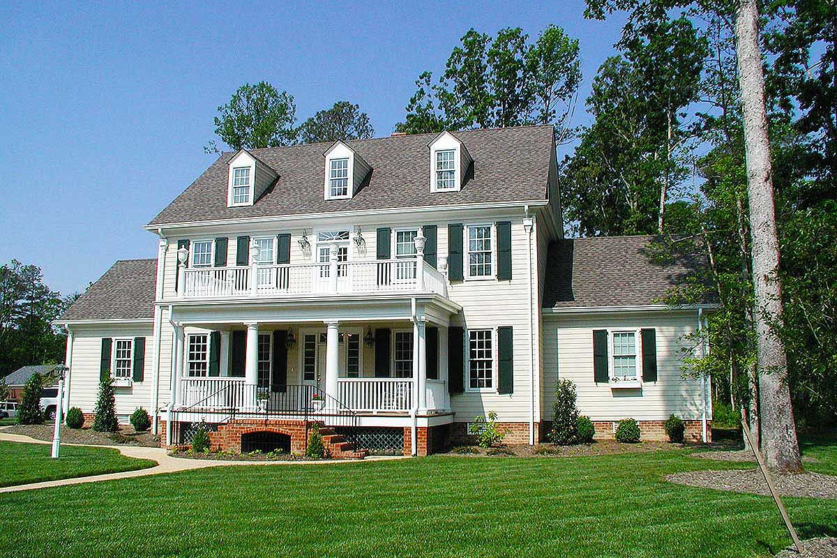 Plan 32562wp Colonial Home With 2 Story Family Room In 2021 Colonial House Plans Colonial House Colonial Style Homes