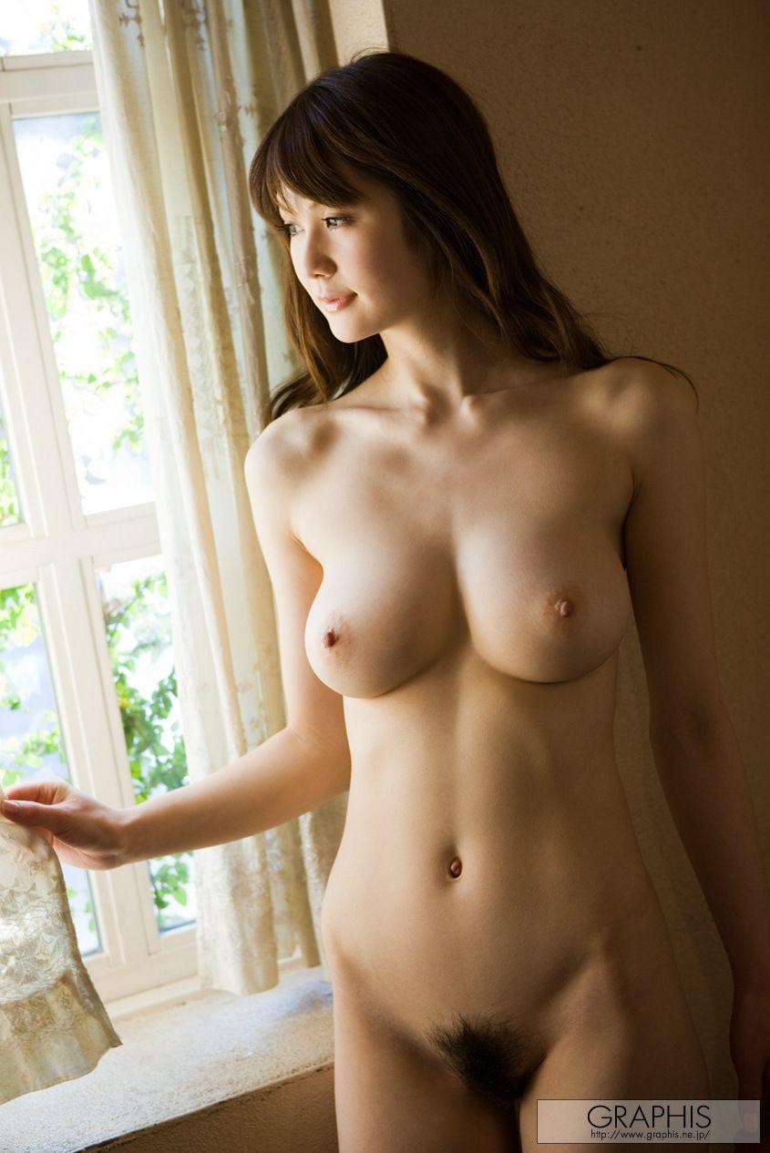 nude Erika kirihara