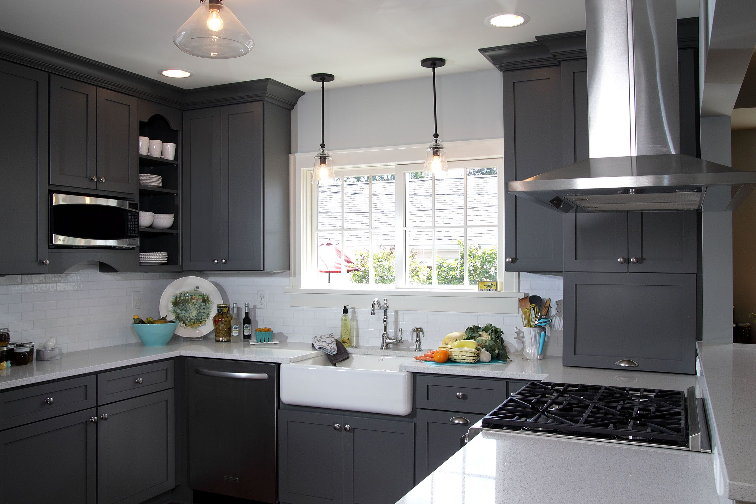 Gray Kitchen Walls With Dark Cabinets - we have several ...