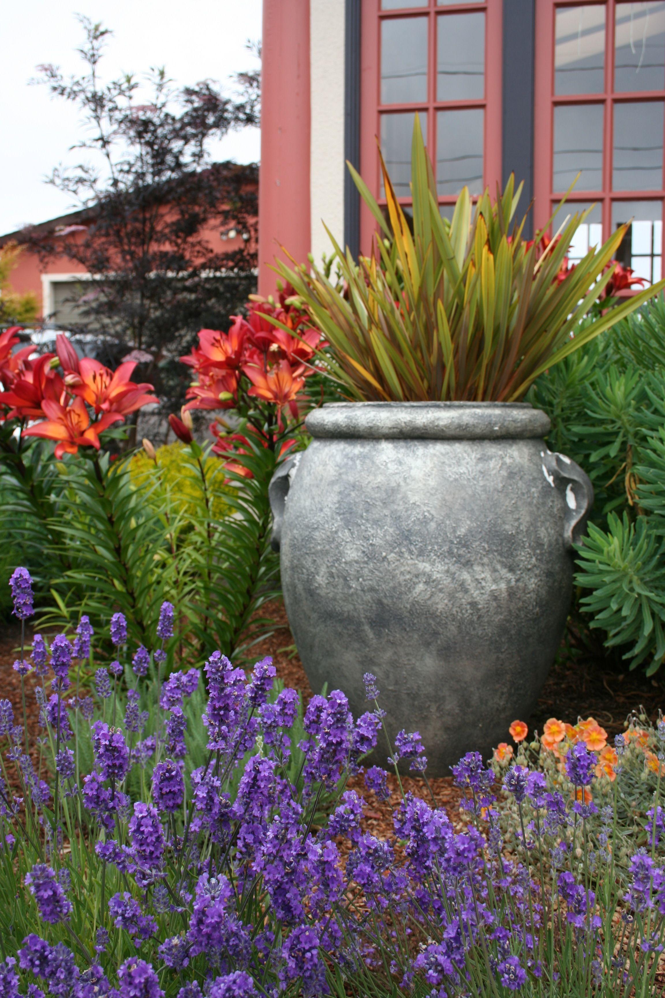 10 Tuscan Garden Ideas Amazing And Also Interesting Mediterranean Garden Design Tuscan Garden Design Tuscan Garden