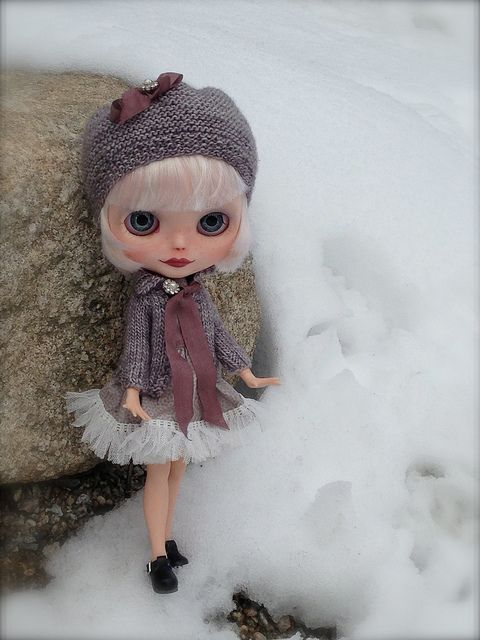 Out in the Snow by Woolen Rabbit, via Flickr