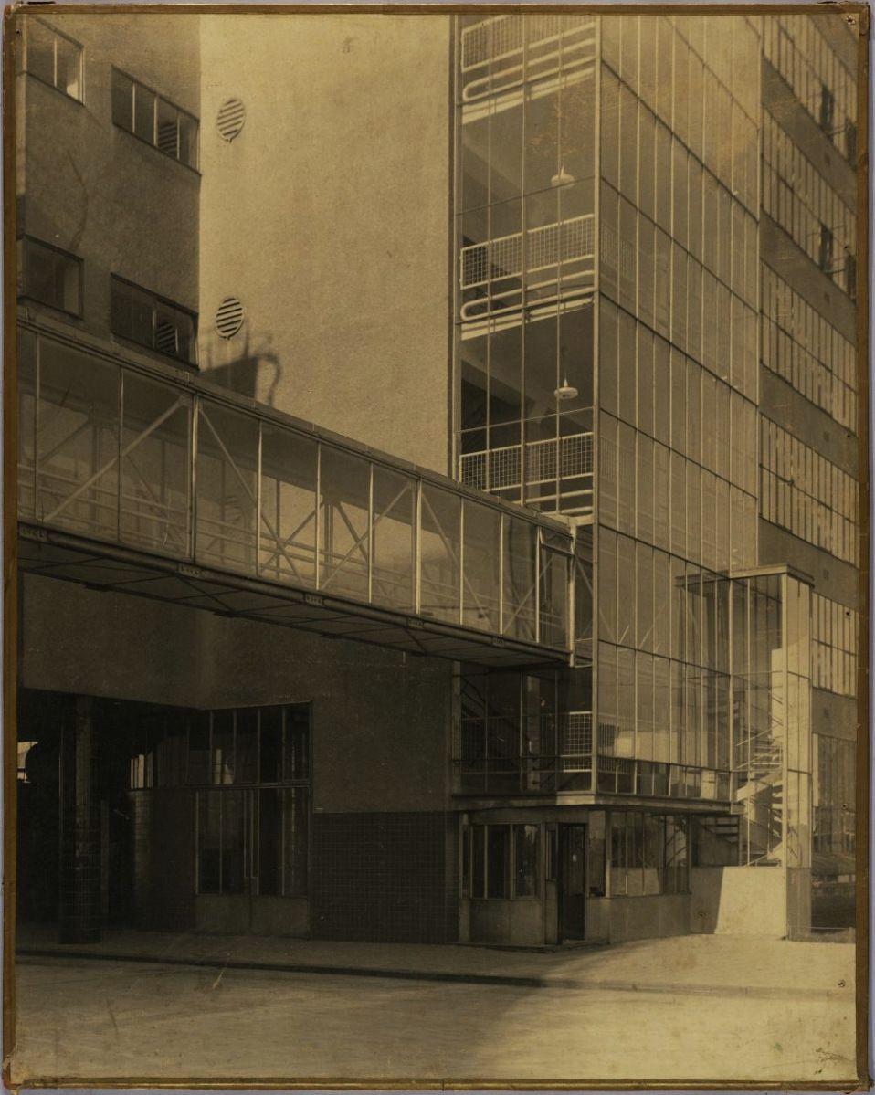 Van Nelle Factory, Rotterdam, 1923-1930. Architect- J.A. Brinkman and L.C. van…
