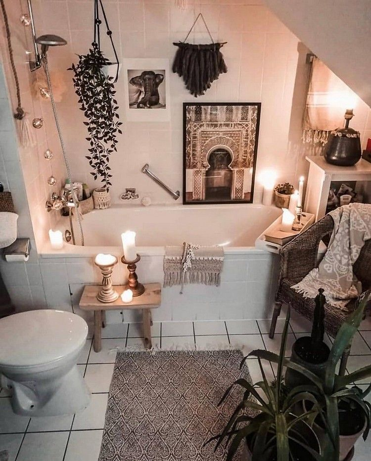 Change The Simple Look Of The Bathroom Area Into The Inspiring Bohemian Style By Working On Your Own Ideas Thi Bohemian Bathroom House Design Bathroom Styling