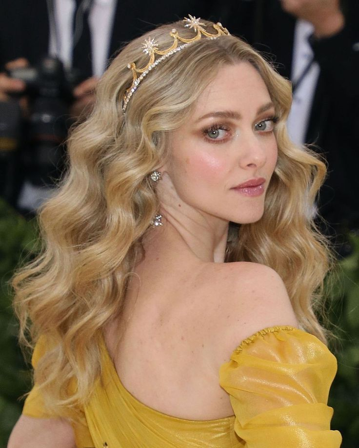 The Most Stunning Met Gala Hair And MakeUp Looks You Need To See ASAP is part of Princess hairstyles, Crown hairstyles, Amanda seyfried hair, Party hairstyles, Hair styles, Headband hairstyles - From Kim Kardashian's seriously smokey eye to Lily Collins's dramatic red teardrop