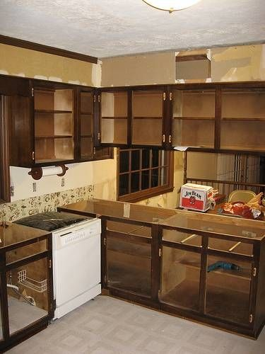 Removing Kitchen Cabinets