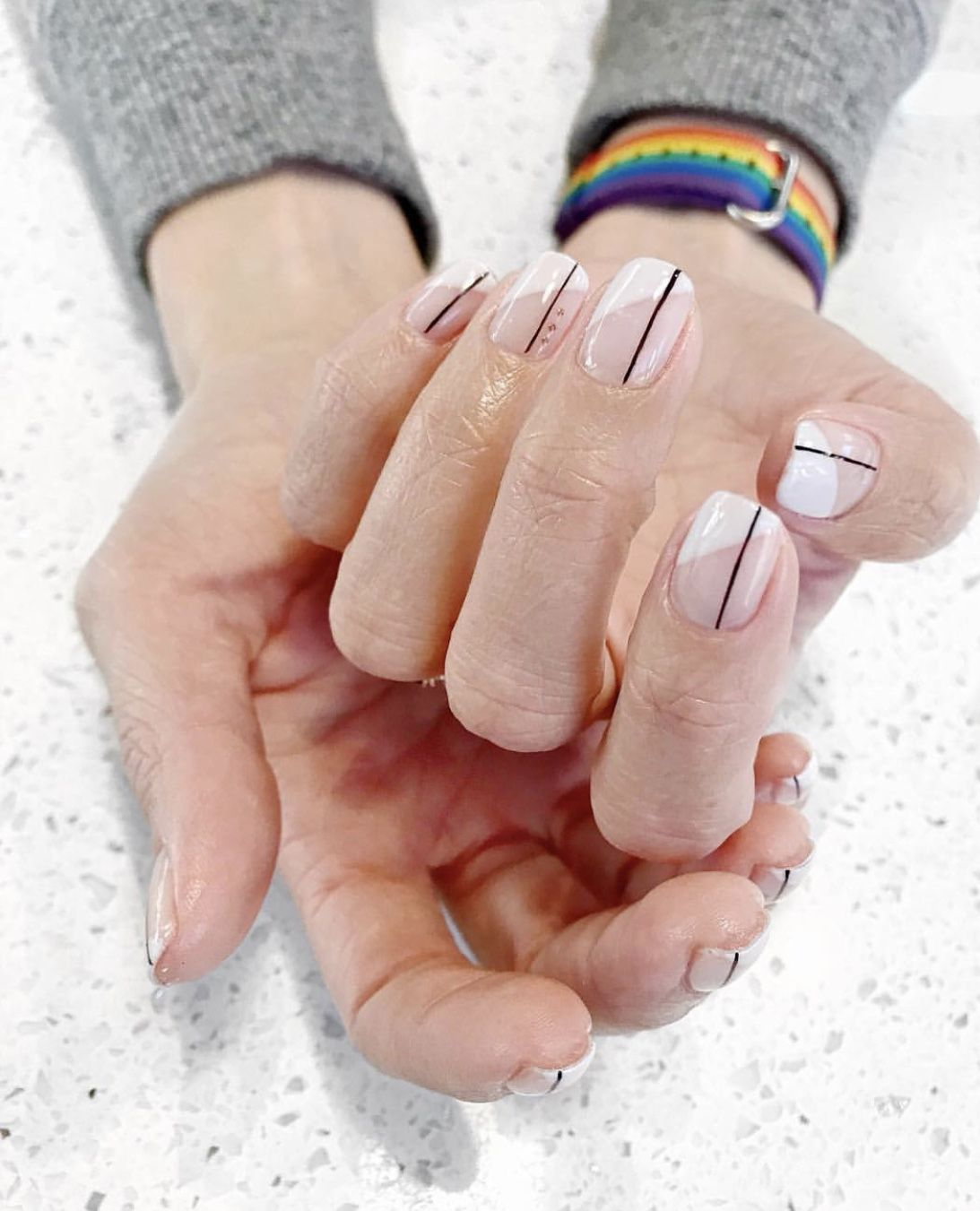 Keeping Things Simplistic With Minimal Lines On A Neutral Manicure Minimalistic Neutral Nails Nails Nailart Naildesi Manicure Swag Nails Nails