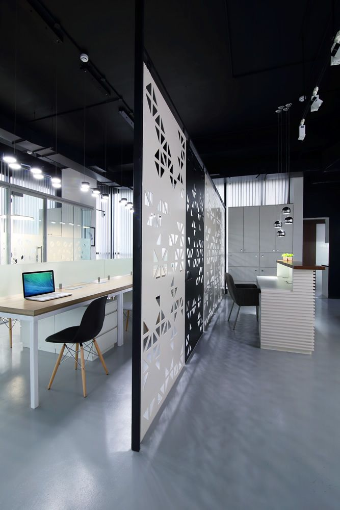 Modern Commercial Interior Design For Office In Mulund By Nitido