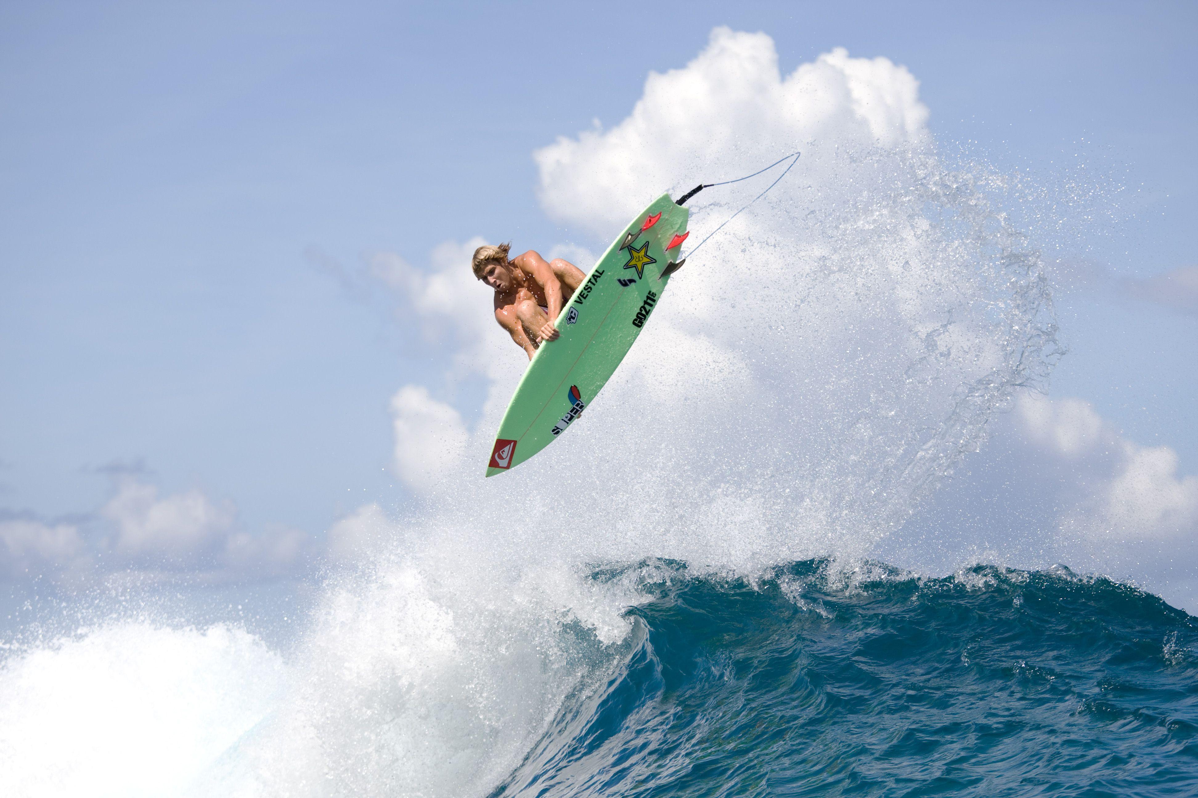 Surf Ski Snowboard Skate Sports Surfing Quiksilver Sticker
