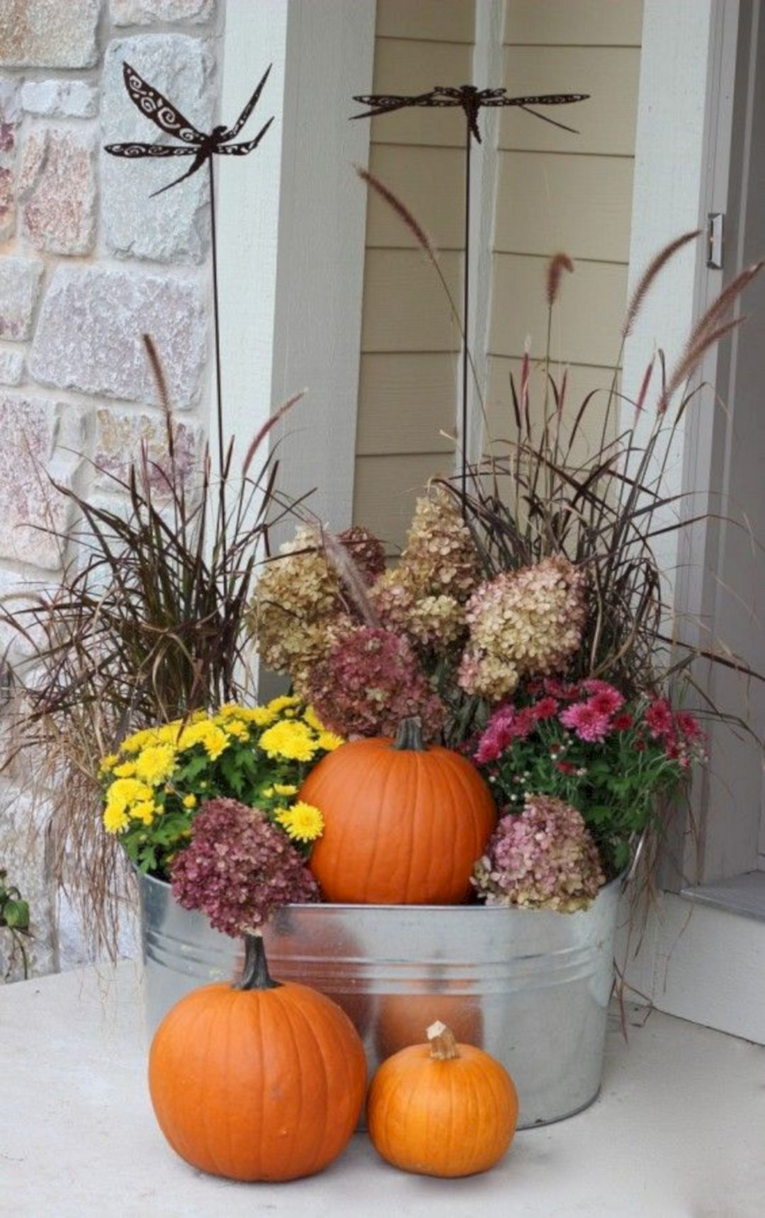 15+ Most Awesome Fall Front Porch Decor Ideas For Your Home #fallfrontporchdecor
