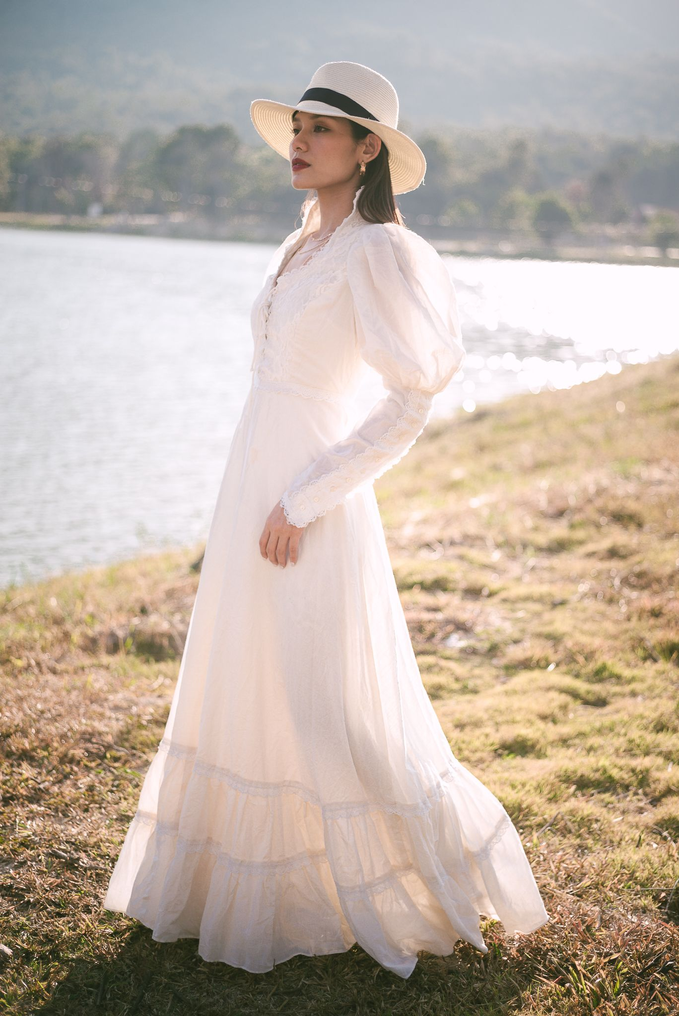 Vintage Gunne Sax Prairie Dress With Original Tags White Cream Wedding Dress Vintage Prairie Dress Vintage Prairie Dress Dresses Prairie Dress [ 2048 x 1368 Pixel ]