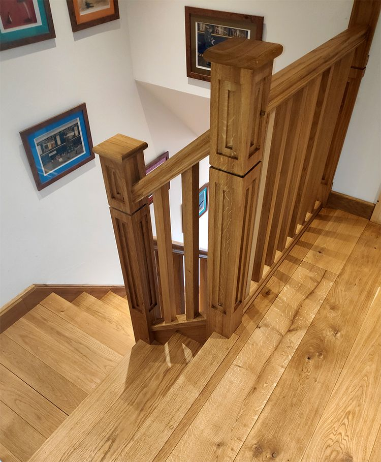 Beautiful Interior Staircase Ideas And Newel Post Designs: A Quarter Landing Oak Staircase With 42mm Treads. Includes