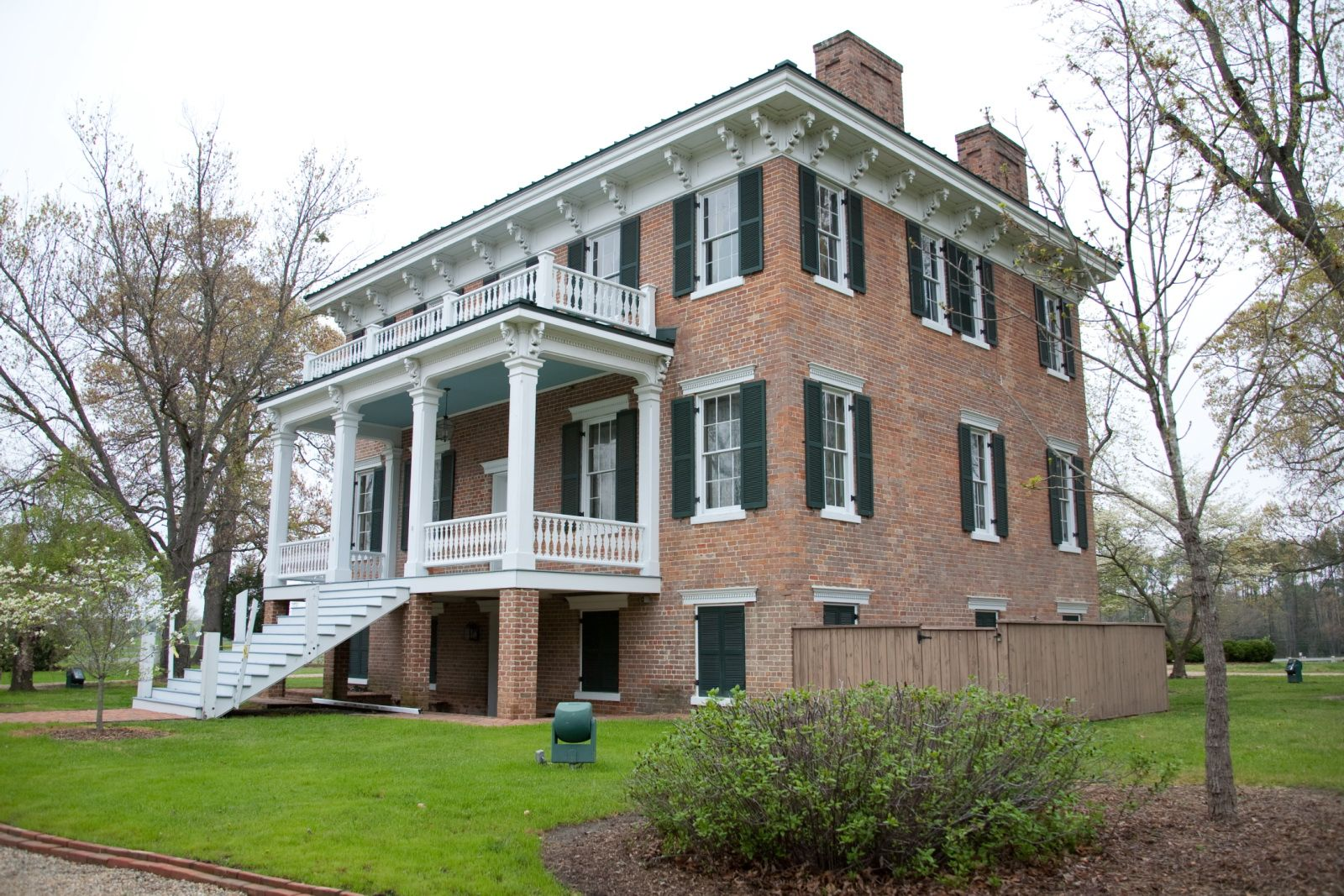Lee Hall Mansion Mansions, Antebellum homes, Expensive