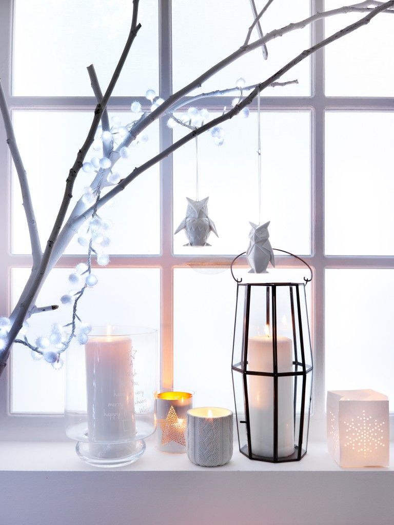 branche d arbre pour d ployer une guirlande lumineuse. Black Bedroom Furniture Sets. Home Design Ideas