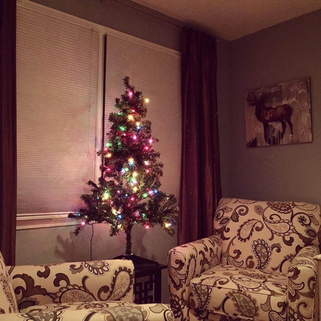 Spread #christmas Cheer In The Bedroom. Donu0027t Save It All For The