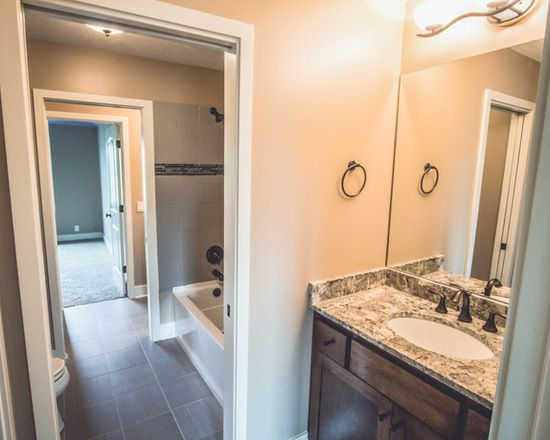 Jack And Jill Bathrooms With Corner Or End Bath Position Jack And Jill Bathroom Jack And Jill Bathroom Layout