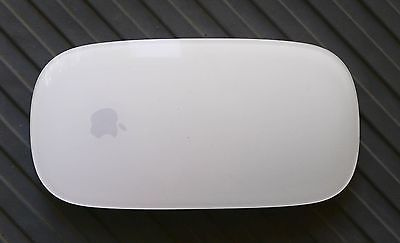 Apple Wireless Magic Mouse Model A1296 3VDC Bluetooth  https://t.co/S1xvyZjiI0 https://t.co/vCr1ij5Fvy