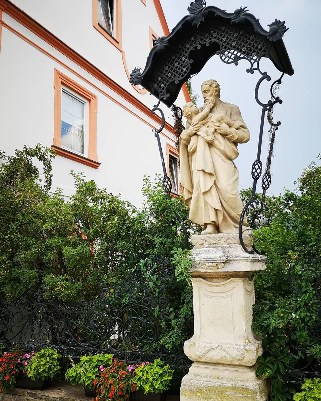 Insekten Garten Foto Fotografie Stadt Kultur Happyday Kunst Blumen Rosen Landschaft Natur Rosen Global Flowers Kindb Greek Statue Statue Garten