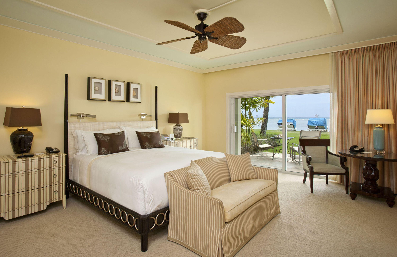 Kahala Beach Front Lanai King Bedding Kahala Hotel Luxury Hotel Room Honolulu Hotels