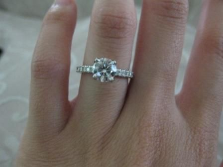 This is exactly what I would love for an engagement ring Simple