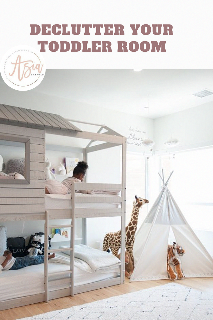 My kids love hanging out together in their rooms so after some major declutter adeclutter