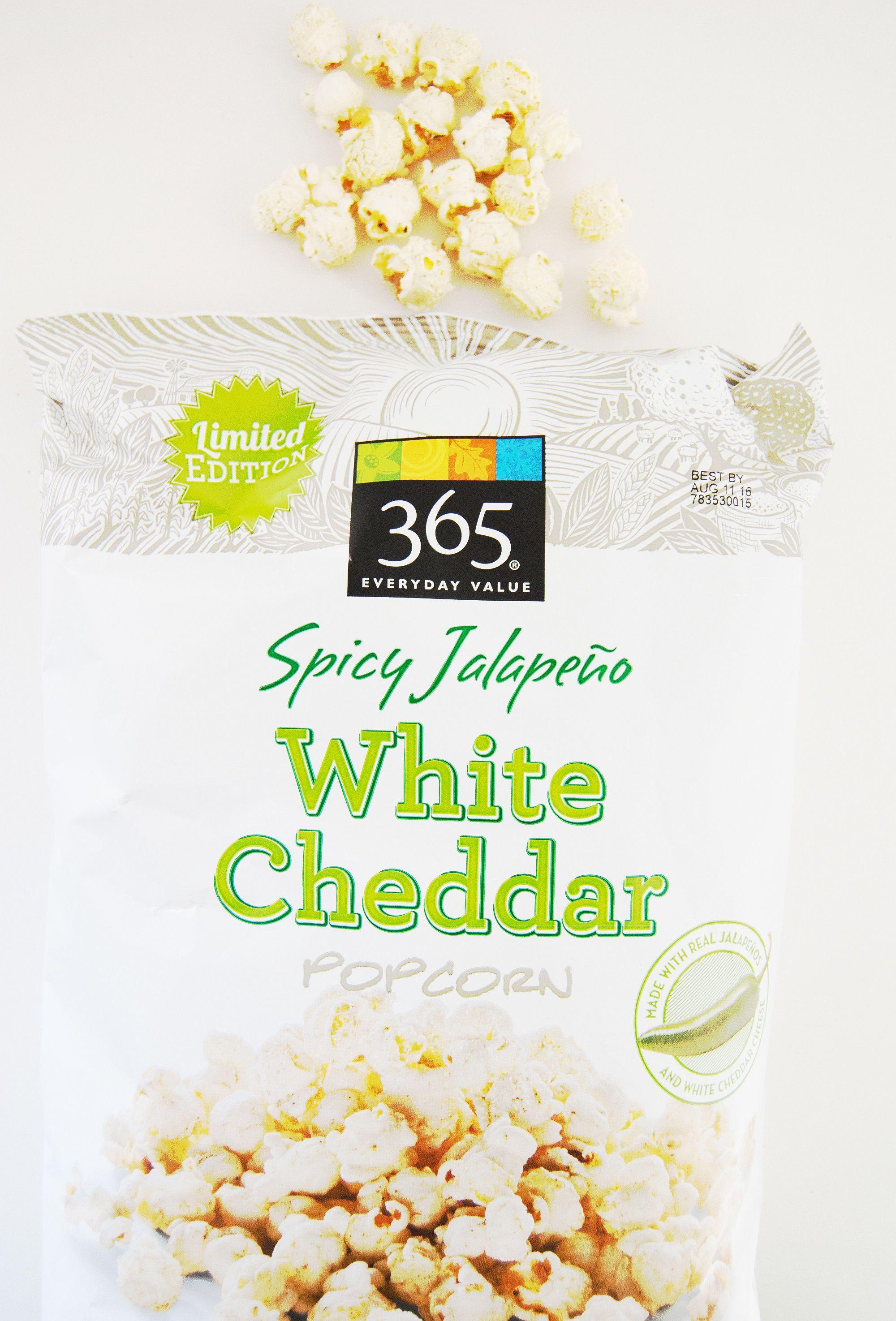 Whole Foods 365 Y Jalapeño White Cheddar Popcorn