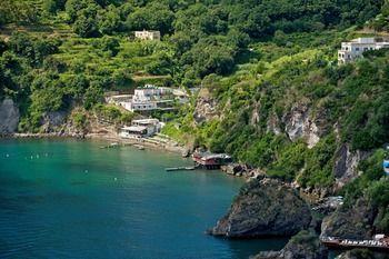 Da #maria a Ischia  ad Euro 88.77 in #Ischia #Italia