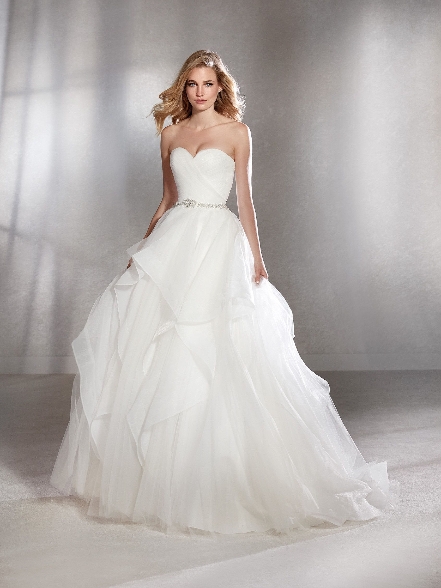 White One Collection By St. Patrick FLORIDA Spectacular ballgown ...