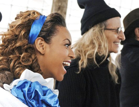 Beyonce dressed as Disney's Alice in Wonderland with Annie ...
