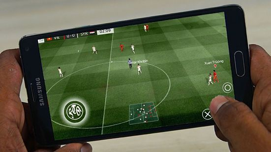 Download FTS 18 Apk + Data Mod (First Touch Soccer 2018