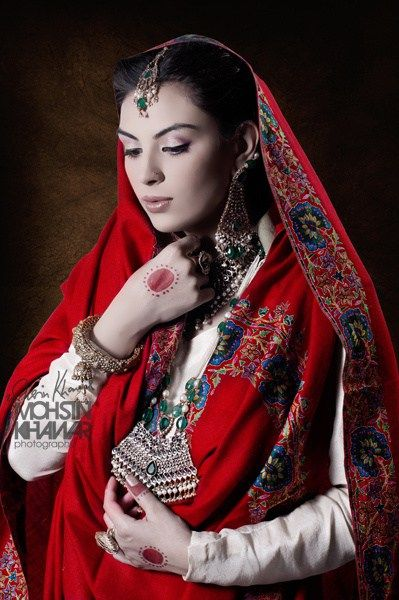 Famous Sindhi Ajrak And Beautiful Shawl 2016 Traditional