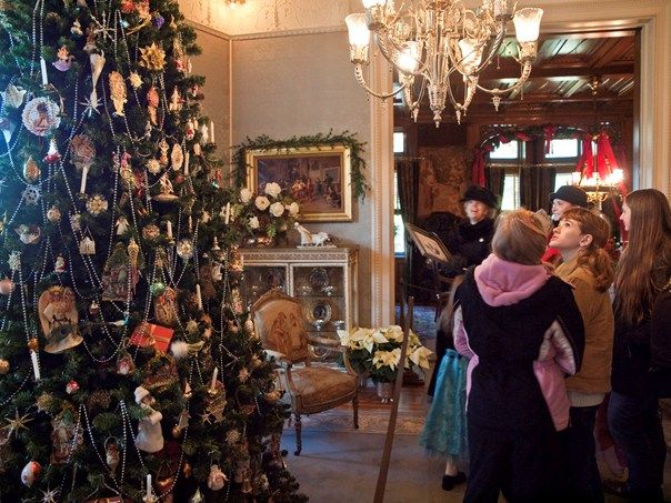Maymont Holiday Mansion Tours