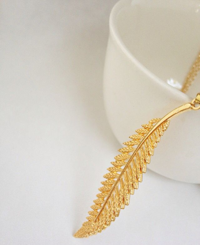 #ohrajewelry #goldfeather #feathernecklace