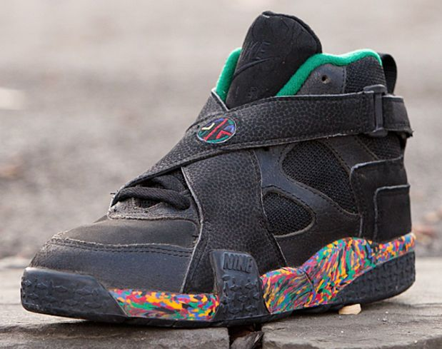 separation shoes 40d8b b9859 RE-Fresh Nike Air Raid 2 (1993) - Freshness Mag