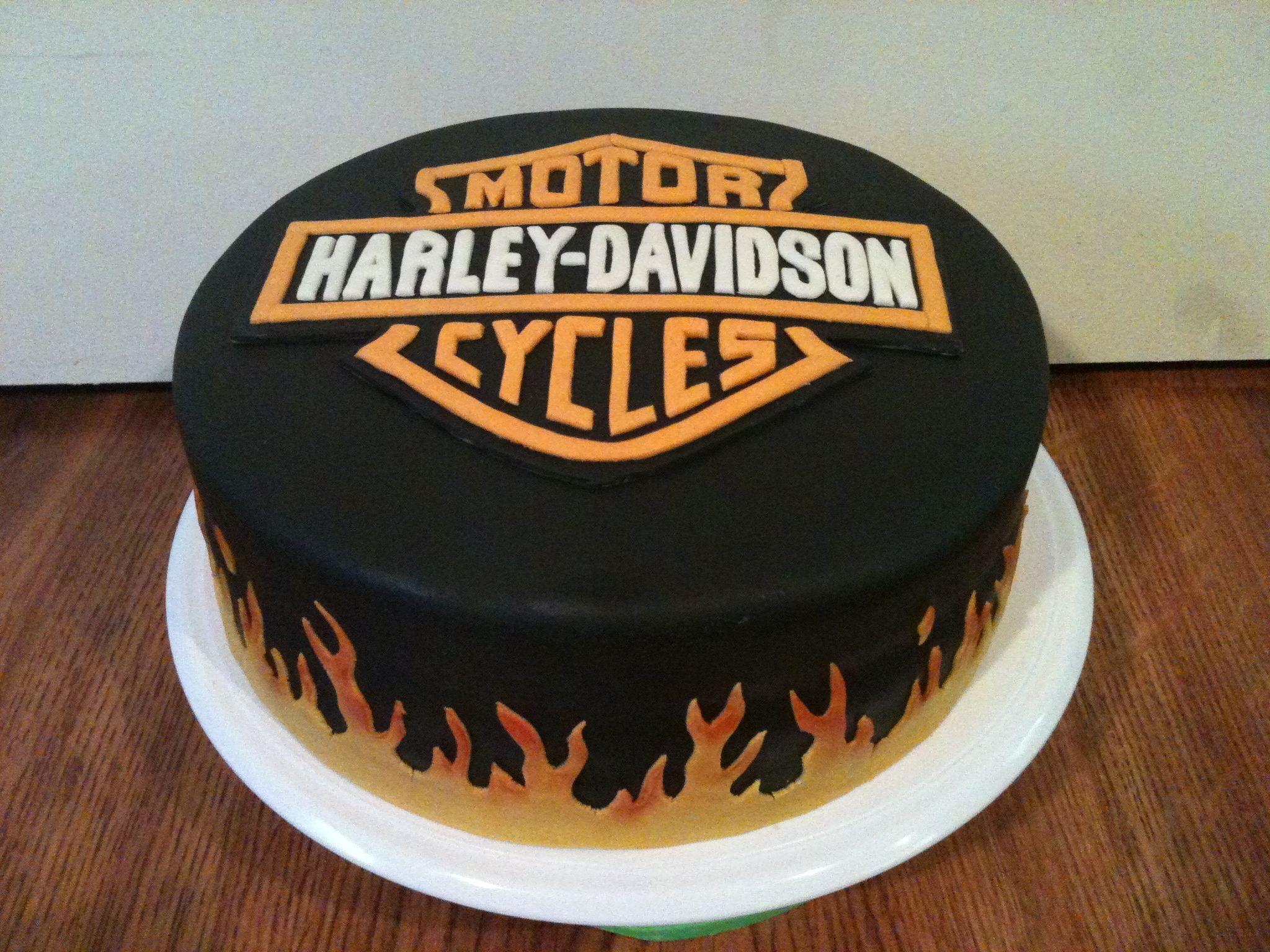 Harley Davidson Cake With Images Harley Davidson Cake Fondant