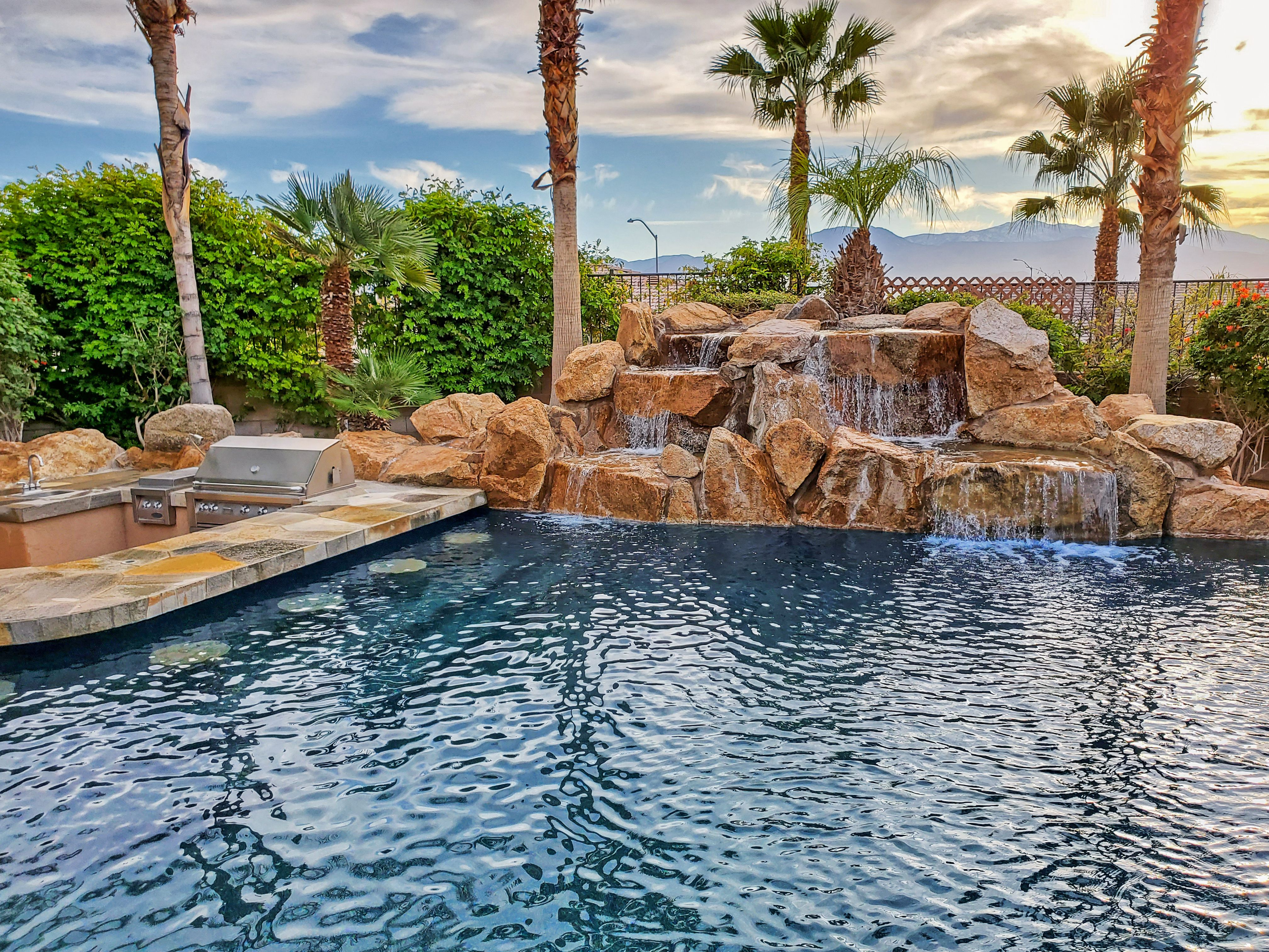 34 Backyard Pools Ideas Backyard Palm Desert Pool
