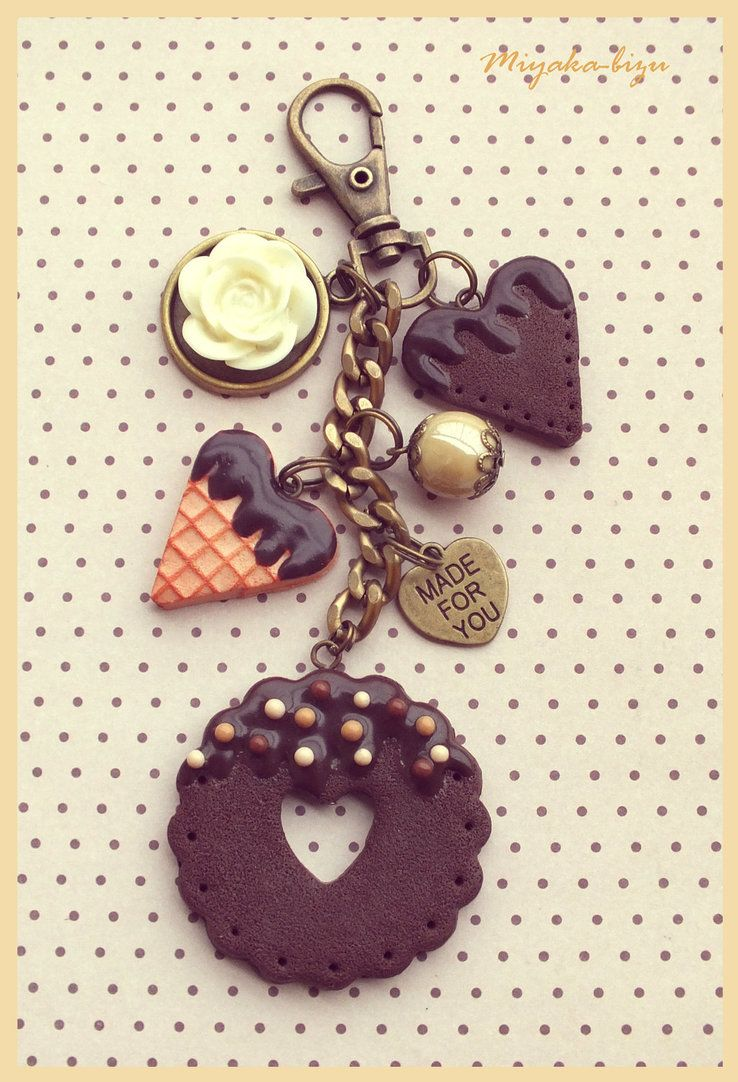 sweet bracelet with pralines, cookie and biscuit you can also visit my facebook funpage: www.facebook.com/pages/Miyaka-… thank you for the like it