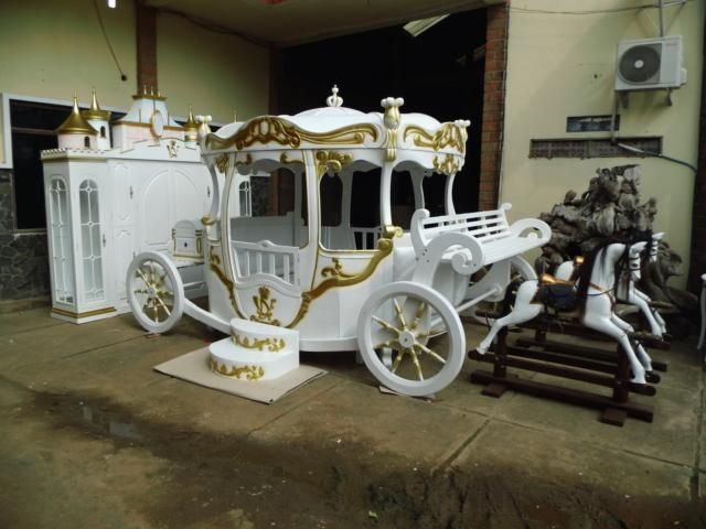 Great Pumpkin Bed Inspired By Cinderella Princess Carriage Bed