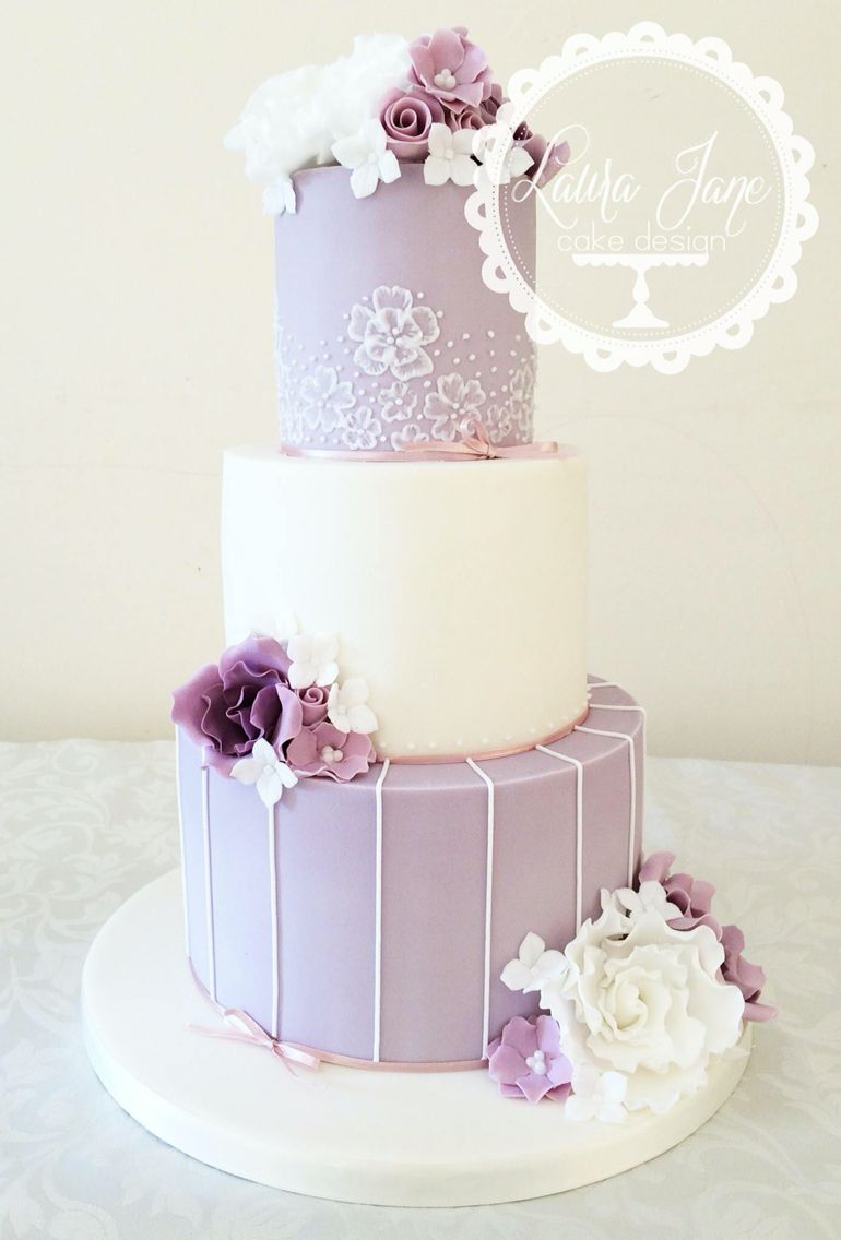 Lilac wedding cake | Lilac & Lavender Wedding | Pinterest | Lilac ...