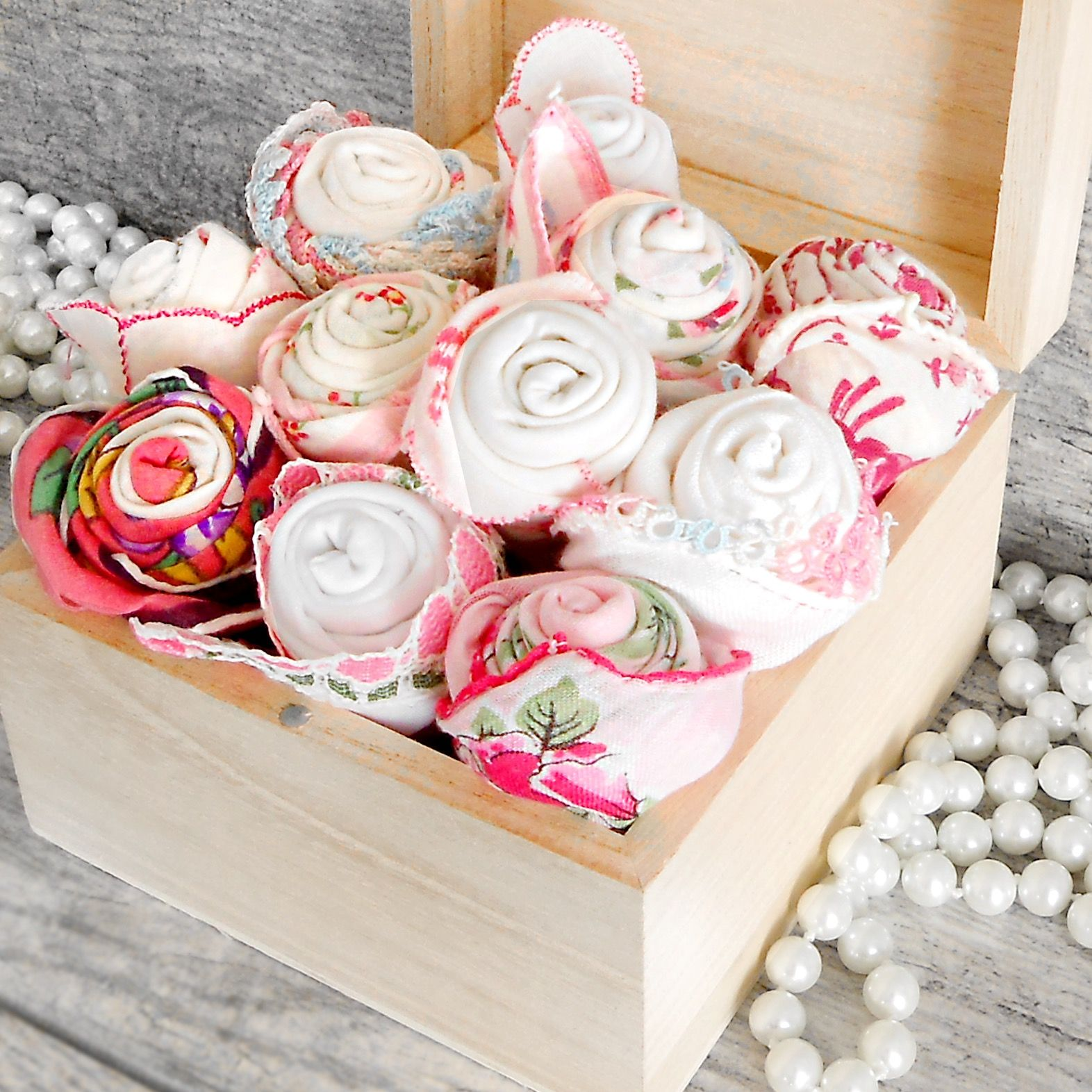 Pink Handkerchief Roses - Great Wedding Favor for your Happy Tears ...