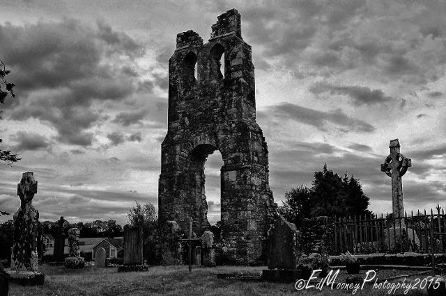 The ruins of the old Round Tower and Church at Donaghmore were quite an unexpected find. Located just outside the town of Navan on the road to the infamous hill of Slane. I had pulled into what loo...