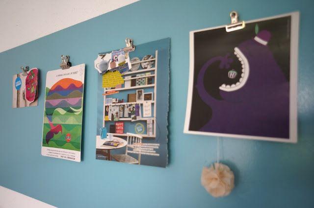 Blauer Wandstreifen ohne Streichen mit dünnen Sperrholzplatten - wand streifen