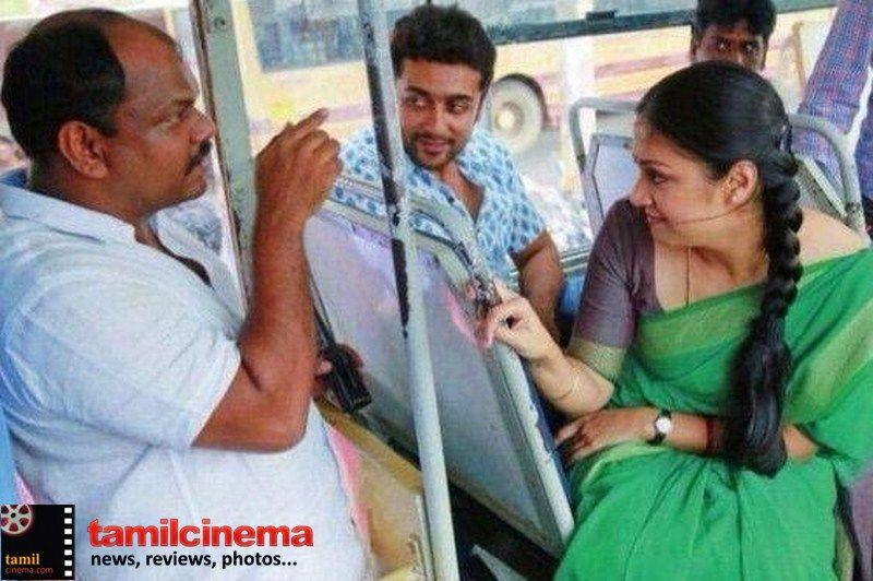 #36vayadhinile Movie Working Still  More Stills http://tamilcinema.com/36-vayadhinile-movie-working-still/  #Suriya #Jyothika
