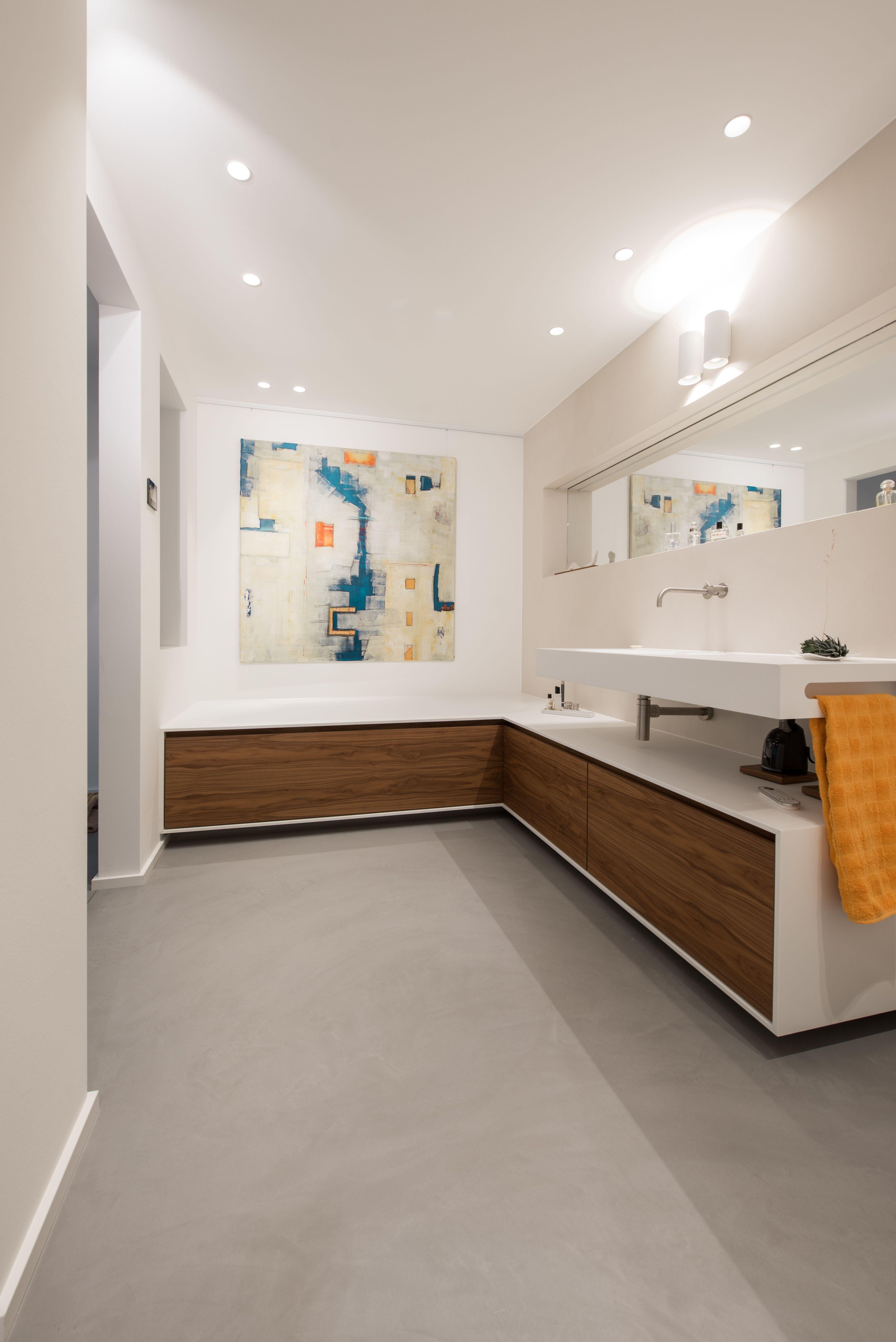 Die Experten Fur Fugenlose Bodenflachen Badezimmer Zeitlos Fliesen Wohnzimmer Wohnzimmerfliesen