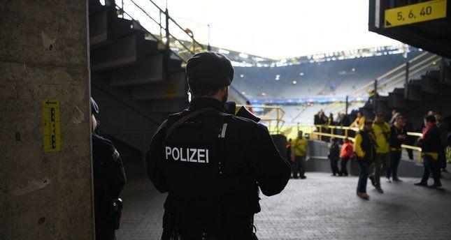 Alemanha detém espião suíço suspeito de investigar funcionários do fisco.